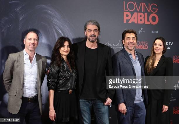 Producer Miguel Menendez de Zubillaga Penelope Cruz director Fernando Leon de Aranoa Javier Bardem and Julieth Restrepo attend 'Loving Pablo'...