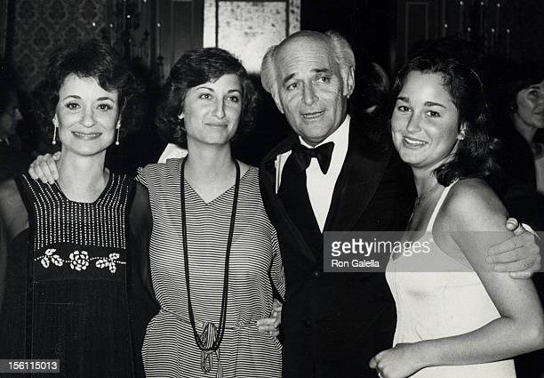 Producer Norman Lear wife Frances Loeb and daughters Maggie Lear and Kate Lear attending 30th Annual Writer's Guild of America Awards on March 30...