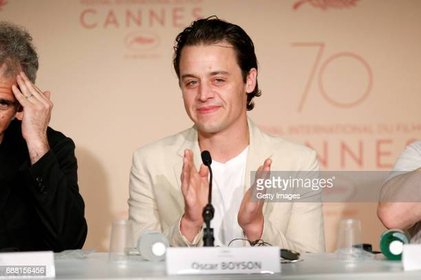 Producer Oscar Boyson attends the 'Good Time' press conference during the 70th annual Cannes Film Festival at Palais des Festivals on May 25 2017 in...