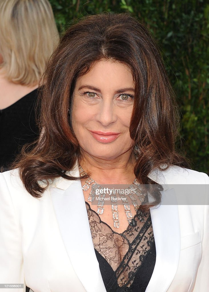 Producer Paula Wagner arrives at the 2010 Vanity Fair Oscar Party hosted by Graydon Carter held at Sunset Tower on March 7, 2010 in West Hollywood, California.