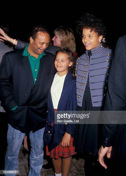 Producer Quincy Jones and daughters Rashida Jones and Kidada Jones attend U2 Party on November 21 1987 at Jane Fonda's Home in Beverly Hills...