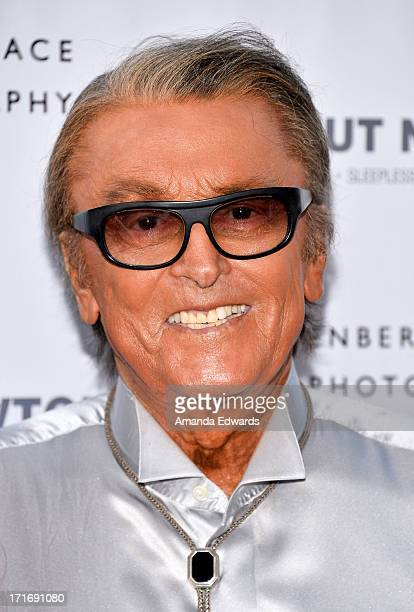 Producer Robert Evans arrives at The Annenberg Space For Photography exhibit opening for Helmut Newton White Women Sleepless Nights Big Nudes at The...