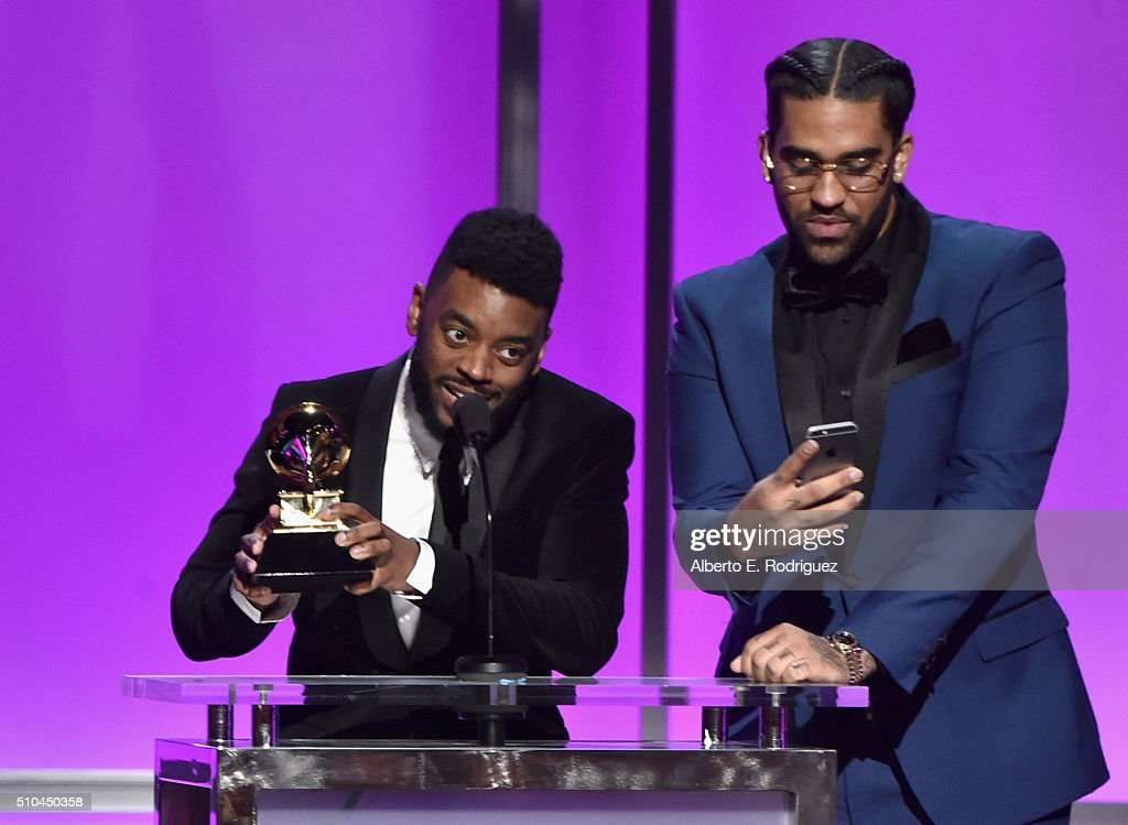 Producer Sounwave (L) with the award for Best Rap/Sung Collaboration at the GRAMMY Pre-Telecast at The 58th GRAMMY Awards at Microsoft Theater on February 15, 2016 in Los Angeles, California.