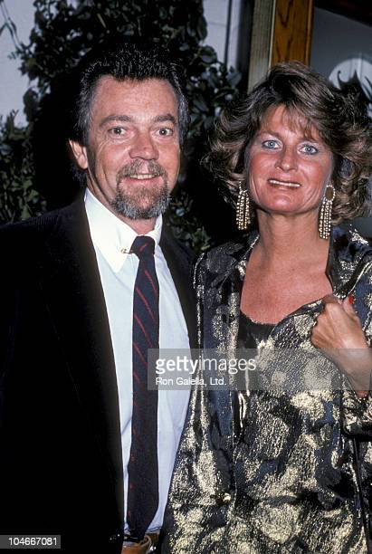 Producer Stephen Cannell and wife Marcia Finch attending Party for Glenn Larson on October 23 1985 at Chasen's Restaurant in Beverly Hills California
