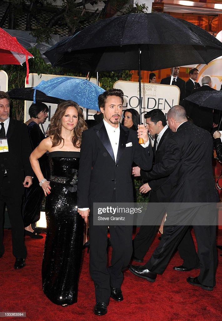 67th Annual Golden Globe Awards - Arrivals : News Photo