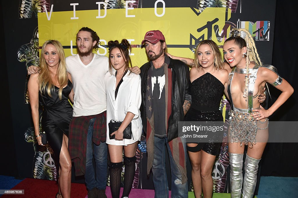 Producer Tish Cyrus, Actors Braison Cyrus, Noah Cyrus