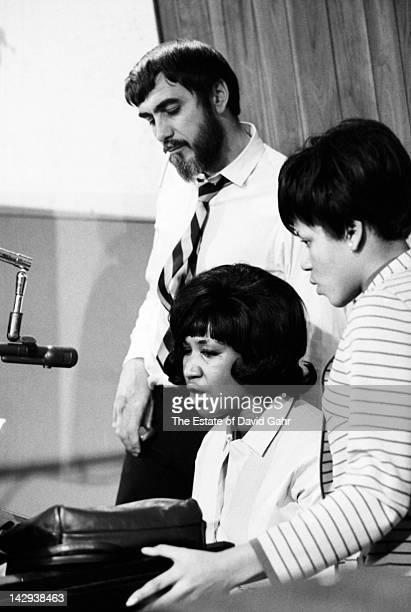 Producer Tom Dowd , soul singer Aretha Franklin and soul singer Carolyn Franklin at Atlantic Records Studios during a recording session in December...