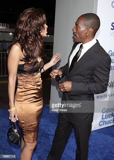 """Producer Tracey Edmonds and actor Eddie Murphy arrive at the premiere of Lionsgate's """"Good Luck Chuck"""" at the National Theater on September 19, 2007..."""