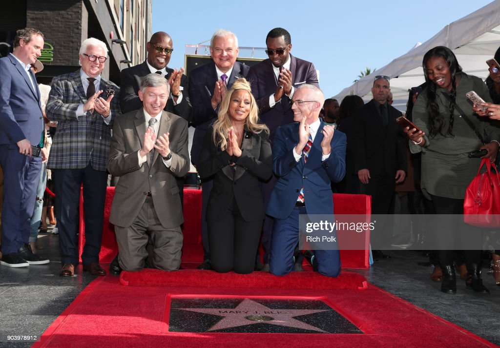 Producer Vin Di Bona,Andre Harrell, Hollywood Chamber of Commerce Chair of the Board Jeff Zarrinnam, Sean 'Diddy' Combs, (L-R bottom row) Hollywood Chamber of Commerce President and CEO, Leron Gubler, Mary J. Blige and LA City Councilman Mitch O'Farrell attend the ceremony honoring Mary J. Blige with a Star on The Hollywood Walk of Fame on on January 11, 2018 in Hollywood, California.