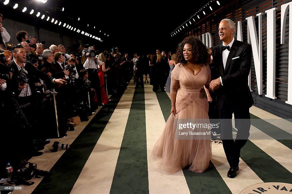 2015 Vanity Fair Oscar Party Hosted By Graydon Carter - Roaming Arrivals
