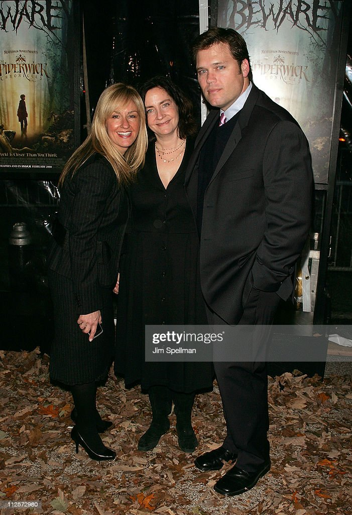 Producers Ellen Goldsmith-Vein, Julia Pistor and Steve Barnett arrive at 'The Spiderwick Chronicles' premiere at AMC Lincoln Square on February, 4 2008 in New York City.