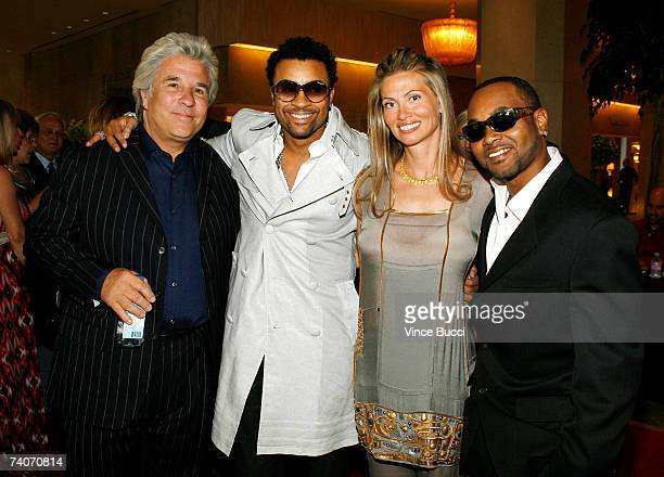 Producers Jon and Mindy Peters pose with singers Shaggy and Rayvon at the Los Angeles County Sheriff's Youth Foundation's annual Salute To Youth...