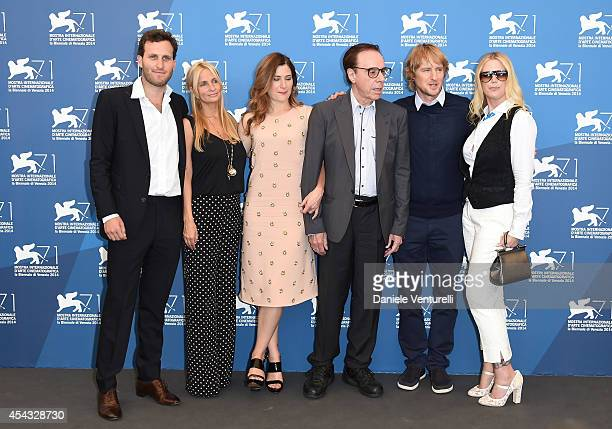 Producers Logan Levy Holly Wiersma actress Kathryn Hahn director Peter Bogdanovich actors Owen Wilson and Louise Stratten attend the 'She's Funny...
