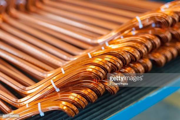 production and maintenance of electric motors - cobre imagens e fotografias de stock