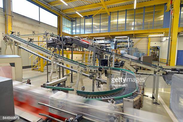Production line with refined sugar in a factory