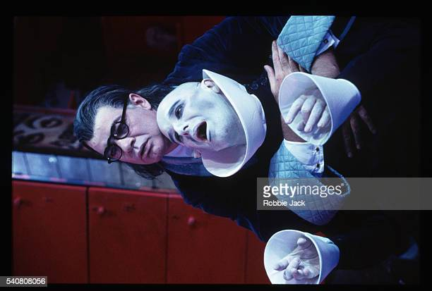 production of the cabinet of doktor caligari at the lyric theatre - robbie jack stockfoto's en -beelden