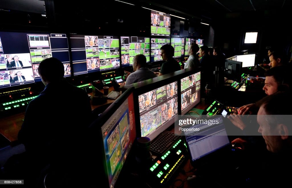 Production staff for Super Sunday Football on Sky Television : News Photo