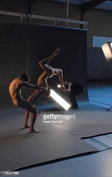 Produktion für TitelFoto aus SWAktKalender Semesterakte Sport 2012 40 x 60 cm NacktModels Grasberg Niedersachsen Deutschland Europa Kunst...