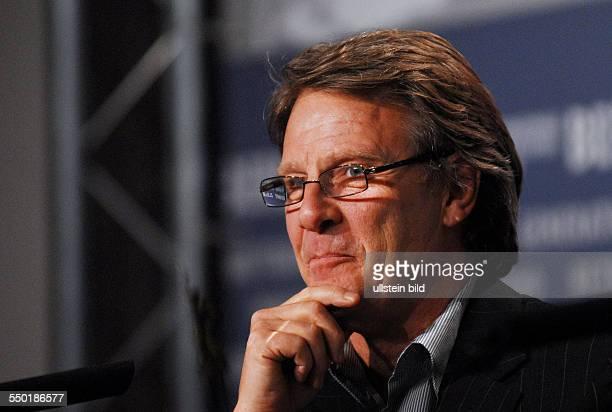 Produzent Robert Fox während der Pressekonferenz zum Film NOTES ON A SCANDAL anlässlich der 57 Internationalen Filmfestspiele in Berlin