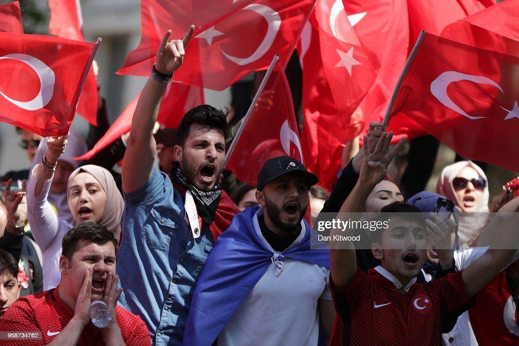 Pro-Erdogan protesters demonstrate outside Downing Street as Turkish President Recep Tayyip Erdogan meets the Prime Minister, on May 15, 2018 in London, England. Turkish President Mr Erdogan is in the UK for a three-day visit, which includes a closing lecture at the Tatlidil Forum in Oxford, an audience with The Queen and talks with British Prime Minister Theresa May.