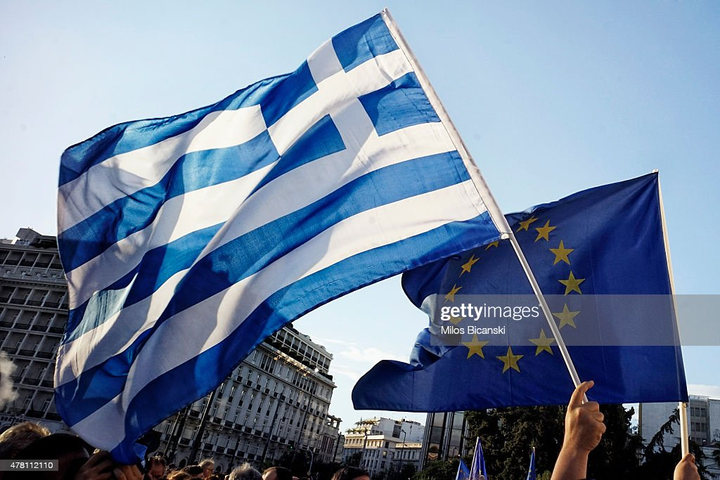 European Union Supporters Demonstrate In Athens As Eurozone Leaders Meet For Summit : News Photo