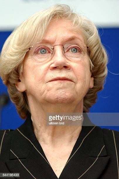 Prof. Dr. Jutta Limbach, Praesidentin Goethe-InstitutPorträt col