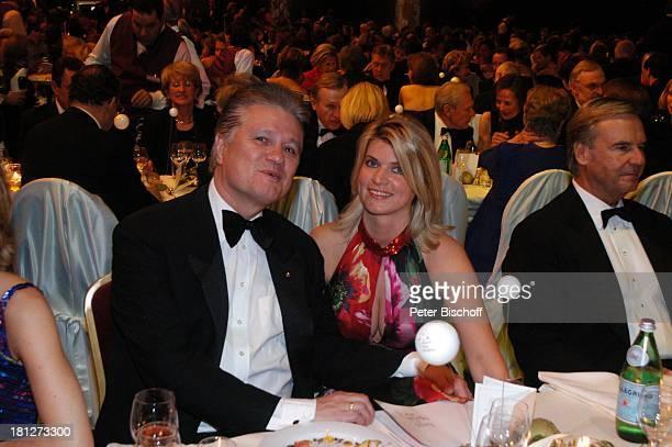 "Prof.Dr. Guido Knopp , Ehefrau Gabriella, ""Ball des Sports"", Frankfurter Festhalle, Frankfurt, , Stiftung: ""Deutsche Sporthilfe"", Ball, Gala,..."