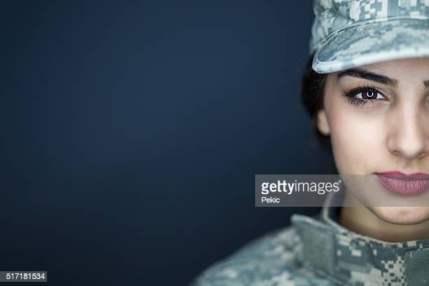 professional american soldier - us military stock pictures, royalty-free photos & images