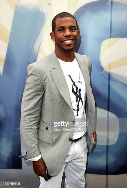 Professional basketball player Chris Paul arrives at Spike TV's 5th annual 2011 Guys Choice Awards at Sony Pictures Studios on June 4 2011 in Culver...