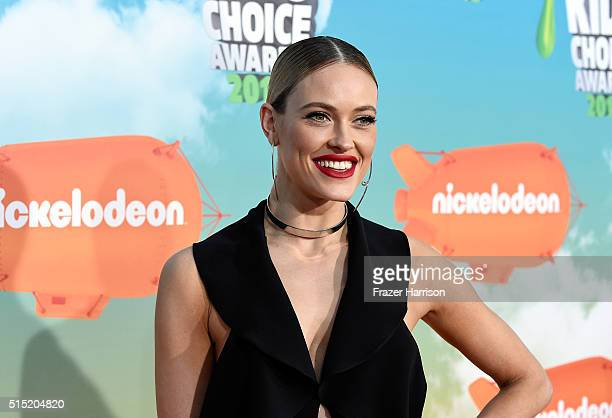 Professional dancer Peta Murgatroyd attends Nickelodeon's 2016 Kids' Choice Awards at The Forum on March 12 2016 in Inglewood California