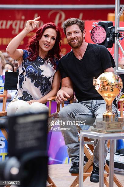 Professional dancer Sharna Burgess and former soldier Noah Galloway tape an interview at 'Good Morning America' at ABC Times Square Studios on May 20...