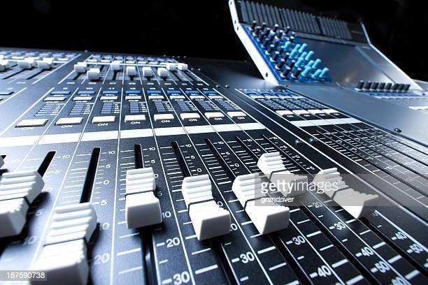 Digital profesional y consola de grabación de sonido