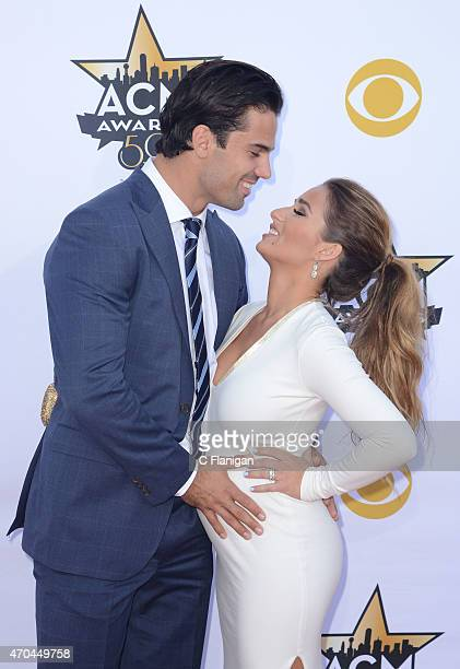 Professional football player Eric Decker and singer Jessie James Decker attend the 50th Academy Of Country Music Awards at ATT Stadium on April 19...