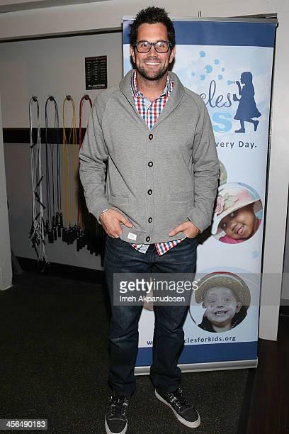 Professional football player Matt Leinart attends Golden State Crossfit's 1st Annual 'Grizzlies Give Back Toy Drive' at Golden State Crossfit on...
