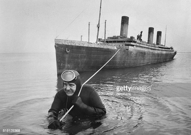 Professional frogman Courtney Brown tows a 55 foot scale model of the sunken liner Titanic during work on the film Raise the Titanic The screen...