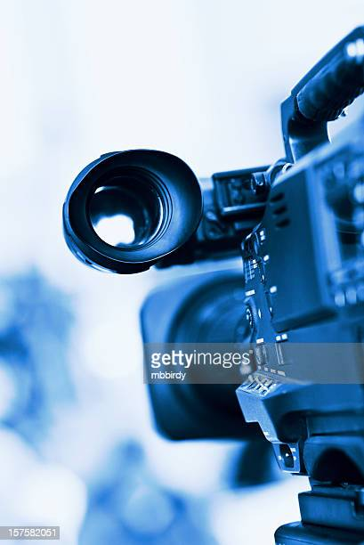 professional hd broadcast video camera in studio - television camera stock pictures, royalty-free photos & images