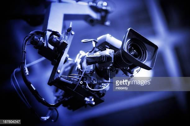 プロの hd ビデオカメラにクレーン放送 - ハイビジョンテレビ ストックフォトと画像