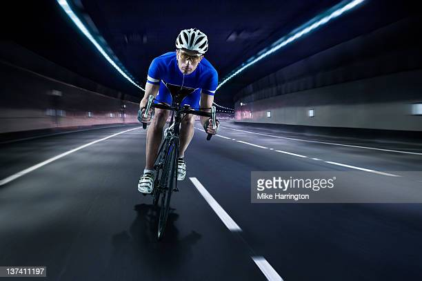professional male cyclist - front view stock pictures, royalty-free photos & images