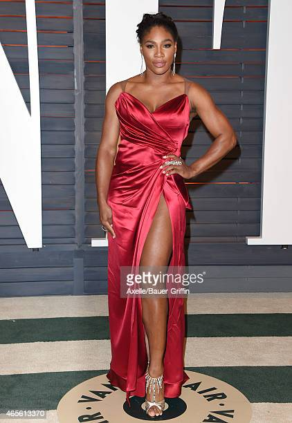 Professional tennis player Serena Williams arrives at the 2015 Vanity Fair Oscar Party Hosted By Graydon Carter at Wallis Annenberg Center for the...