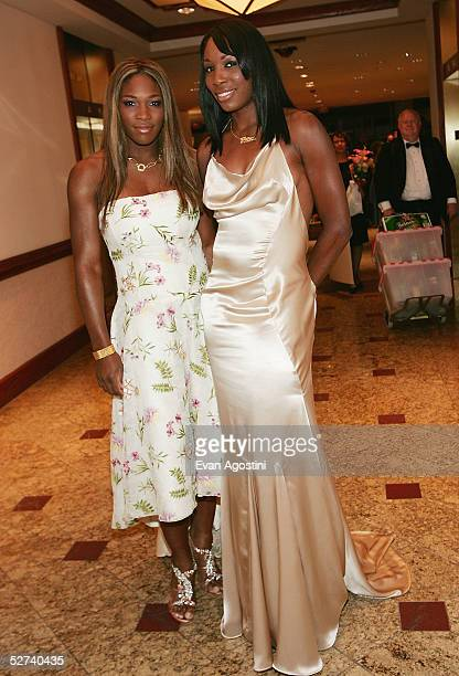 Professional tennis players Serena and Venus Williams attend the White House Correspondents dinner at the Washington Hilton Hotel April 30 2005 in...