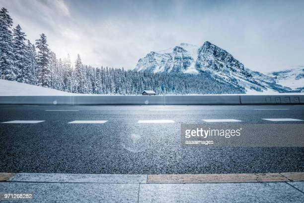 professional use auto advertising backplate - snowcapped mountain stock pictures, royalty-free photos & images