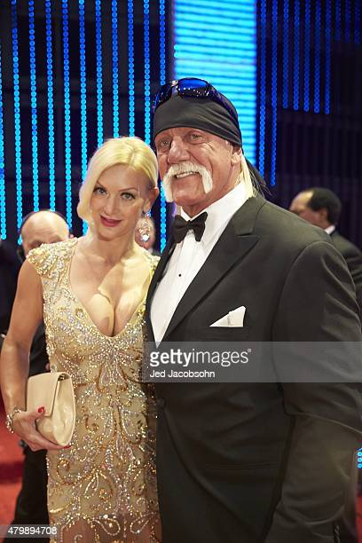 WWE Hall of Fame Induction Hulk Hogan with wife Jennifer McDaniel during ceremony at SAP Center San Jose CA CREDIT Jed Jacobsohn