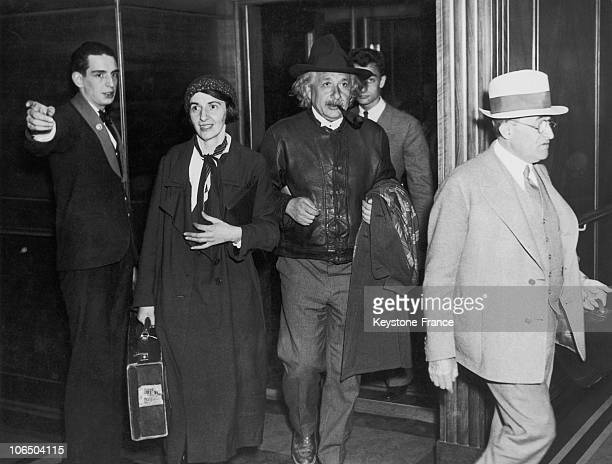 Professor And Mathematician Of German Origin Albert Einstein And His Daughter Margot Landing From The Liner Queen Of Bermuda For Holidays At Bermuda...