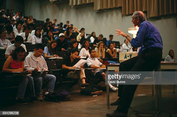 Professor at the University of California, San Diego gives a lecture to his genetic class.
