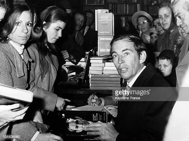 Professor Christian BARNARD on visit in Rome on December 11 1969 for a booksigning session of the Italian version of his book MY LIFE at the LA...