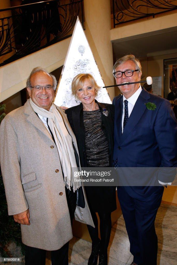 22th Edition Of 'Les Sapins De Noel Des Createurs - Designer's Christmas Trees In Paris