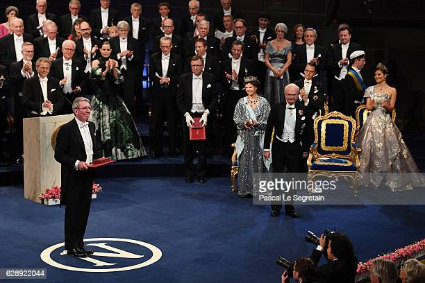 Professor JeanPierre Sauvage laureate of the Nobel Prize in Chemistry acknowledges applause after he received his Nobel Prize from King Carl XVI...