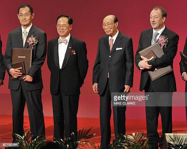 Professor Shinya Yamanaka Hong Kong Chief Executive Donald Tsang Sir Run Run Shaw and British scientist Keith Campbell attend the Shaw Prize award...