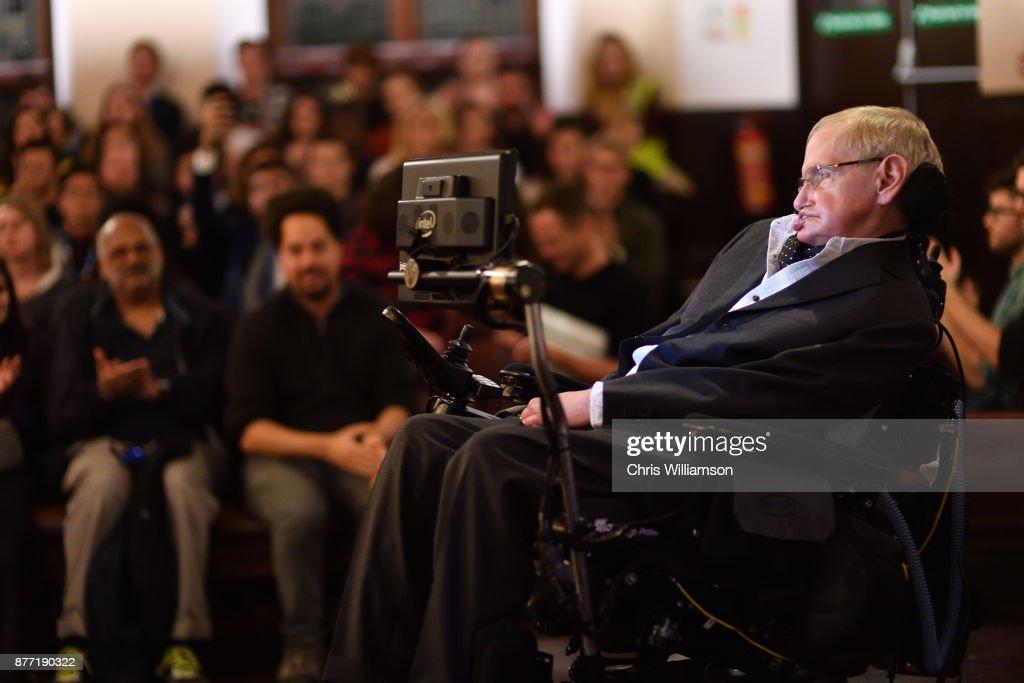 Professor Stephen Hawking addressing The Cambridge Union on November 21, 2017 in Cambridge, Cambridgeshire.