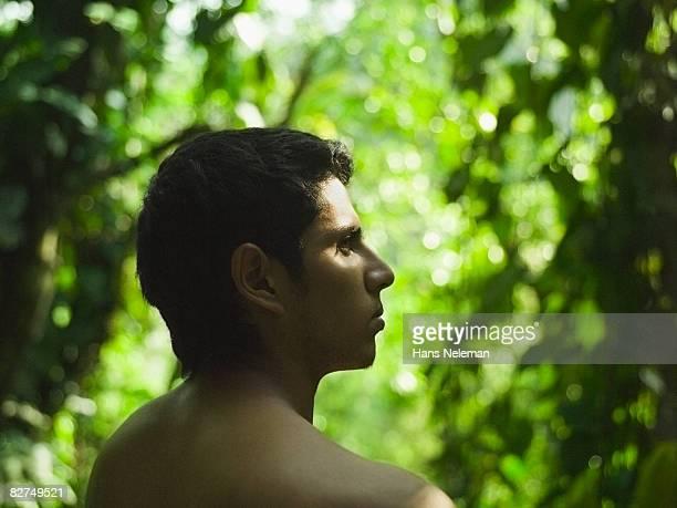 profile of a young man - naakte man en profiel stockfoto's en -beelden